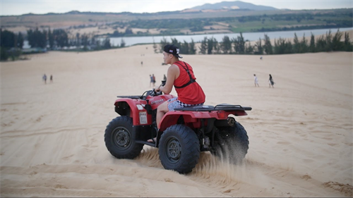 Mui Ne Sand Dunes 1 Day Tour From Da Lat by Private car