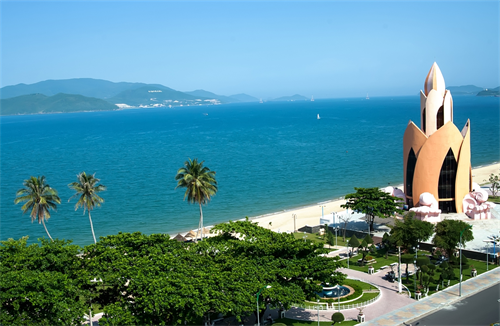 Nha Trang to Hoi an by private car-muineprivatecar