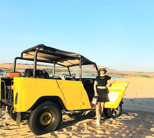 Mui Ne Sand Dune Tour From Sai Gon 1 Day By Private car & Jeep