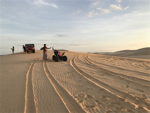 Mui Ne Sand Dunes 1 Day Tour by Private car