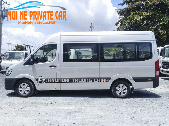 van-HCMC-to-Dalat-private-car